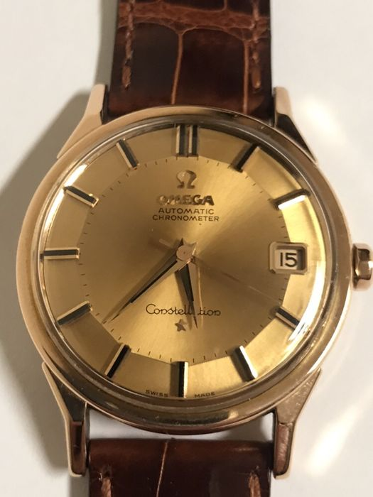 f5224b4f562 Relógio Omega costellation de ouro