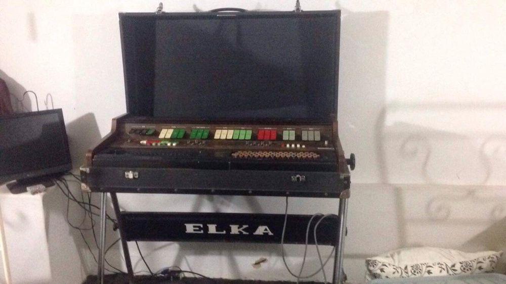 Sintetizador Elka