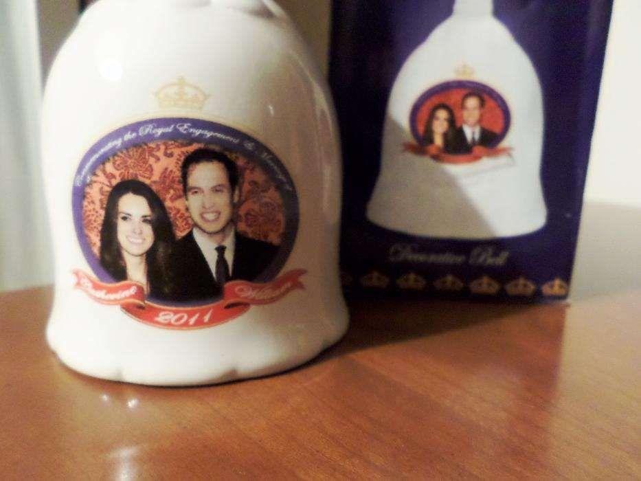 Sino de porcelana comemorativo do casamento de William & Kate