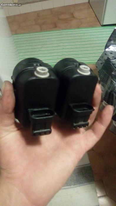 2 Motores regulaçao das luzes renault Torres Novas (São Pedro), Lapas E Ribeira Branca - imagem 3