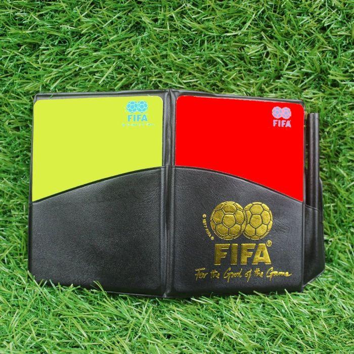 Kit ábitro FIFA - 10 euros portes incluídos
