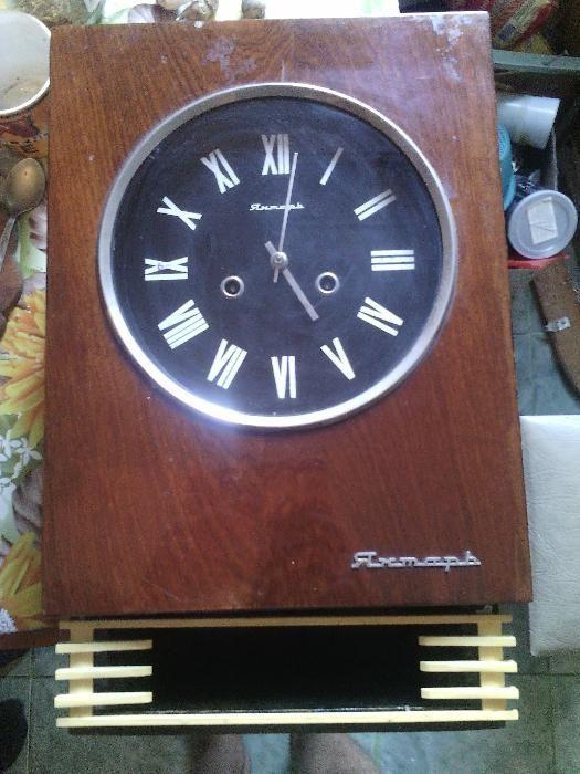 Часы механические настенные продам готовности стоимость по часу