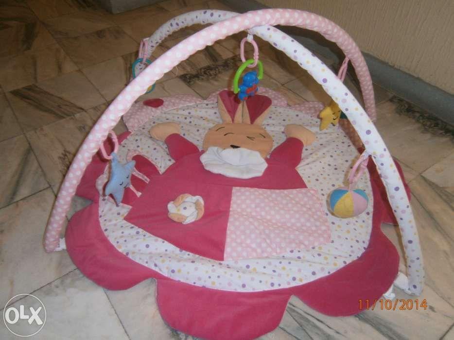 0b73a247a12 Tapete de actividades para bébé