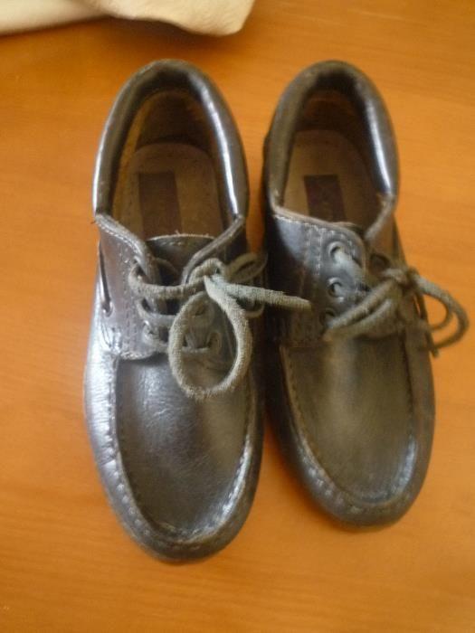 Sapatos em pele nº 34 Fabricado em Portugal Campolide - imagem 1