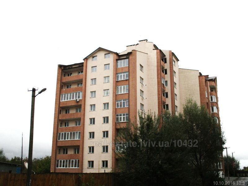 ТЕРМІНОВО 5-ти кімнатна двохрівнева квартира в м. Жовква Львівської об
