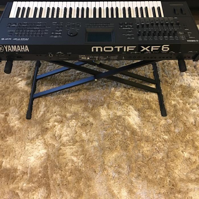 Sintetizador Yamaha Motif XF6