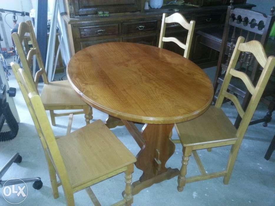 Mesa cozinha e 4 cadeiras