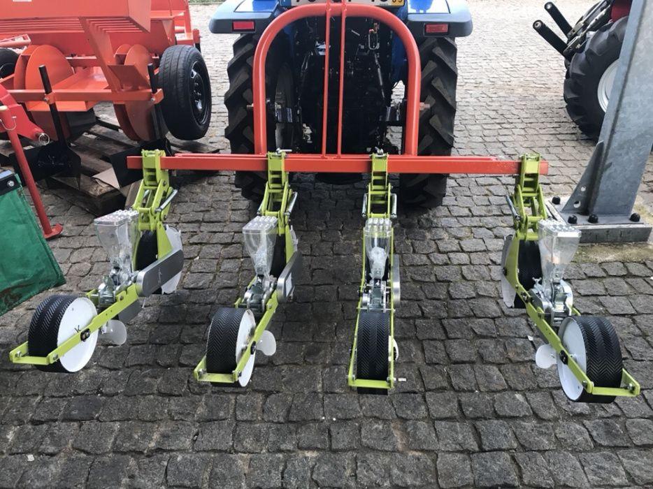 Semeador de sementes 4 linhas para tractor