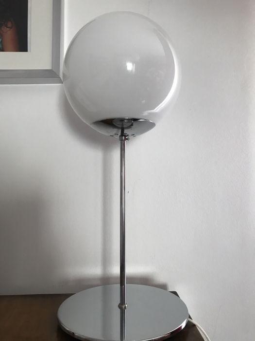 2 candeeiros bola