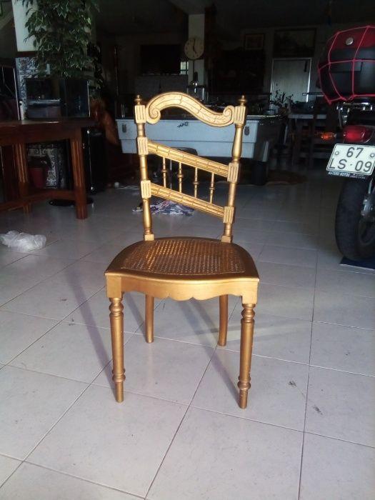 cadeira dourada antiga Sandim, Olival, Lever E Crestuma - imagem 3