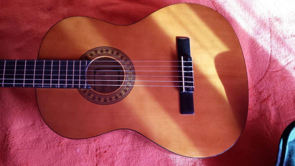Viola / guitarra acústica clássica