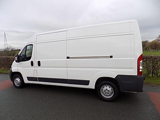 Alugamos carrinhas para Transportes e Mudanças/Van rental for movings Marvila - imagem 3