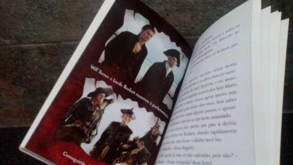 Livro Pirata das Caraíbas 'Nos Confins do Mundo' Olhão - imagem 6