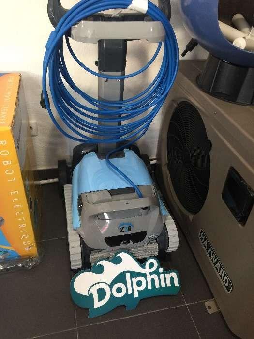 Robot Z3i aspirador automático electrico piscina liga telemóvel iPhone Cascais E Estoril - imagem 1