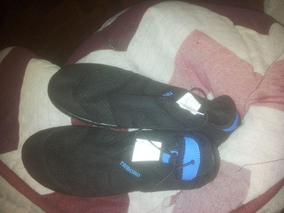 Sapatos de água