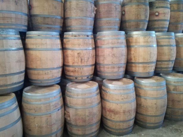 Barricas/Barril/Pipos avinhados madeira de carvalho 225 litros Bougado (São Martinho E Santiago) - imagem 3