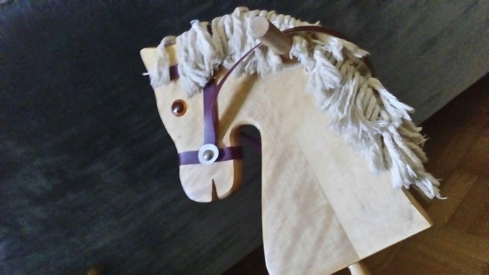 Cavalo classico em madeira em bom estado Matosinhos E Leça Da Palmeira - imagem 2