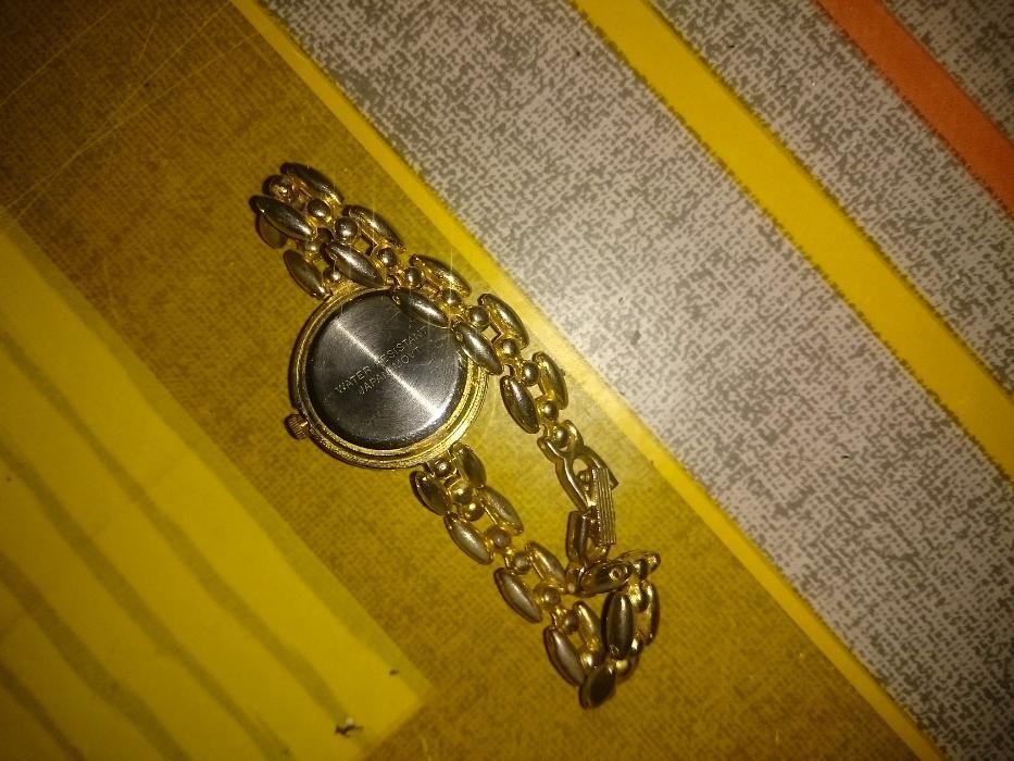 98fee7e7392 Relógio vogue dourado Porto • OLX Portugal
