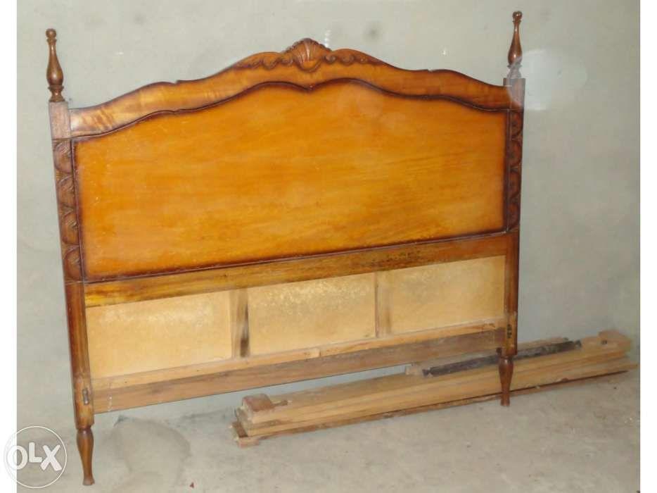 Cama de casal antiga em madeira de eucalipto Santiago do Cacém - imagem 2