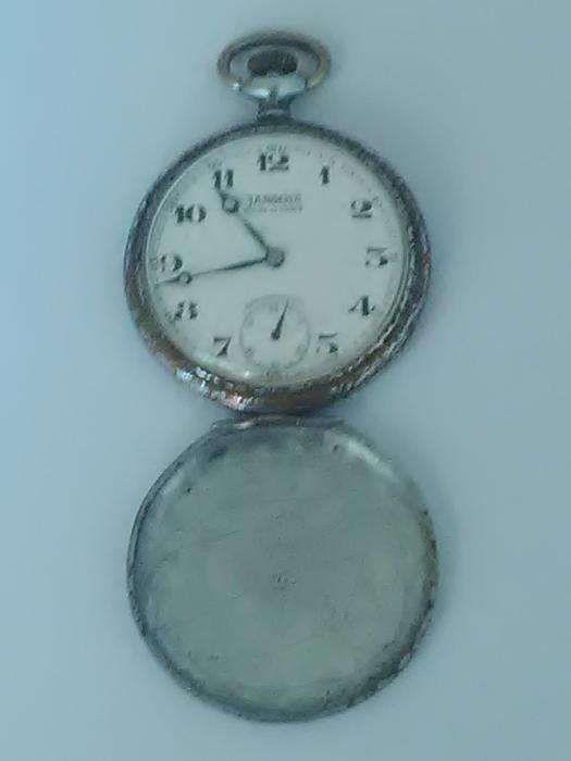 03493eb6b31 Vendo relógio para colecionadores - Alpiarça