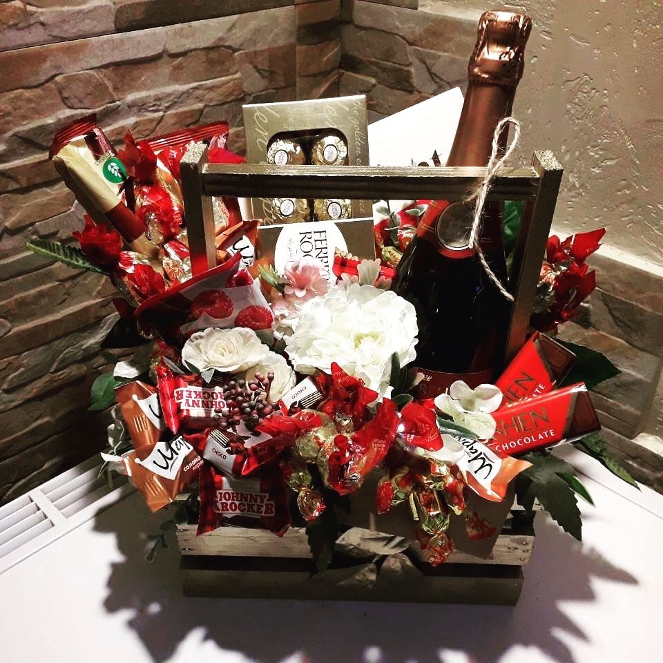 Сладкие подарки! Букеты из конфет - Развлечения / Искусство / Фото / Видео Гостомель на Olx