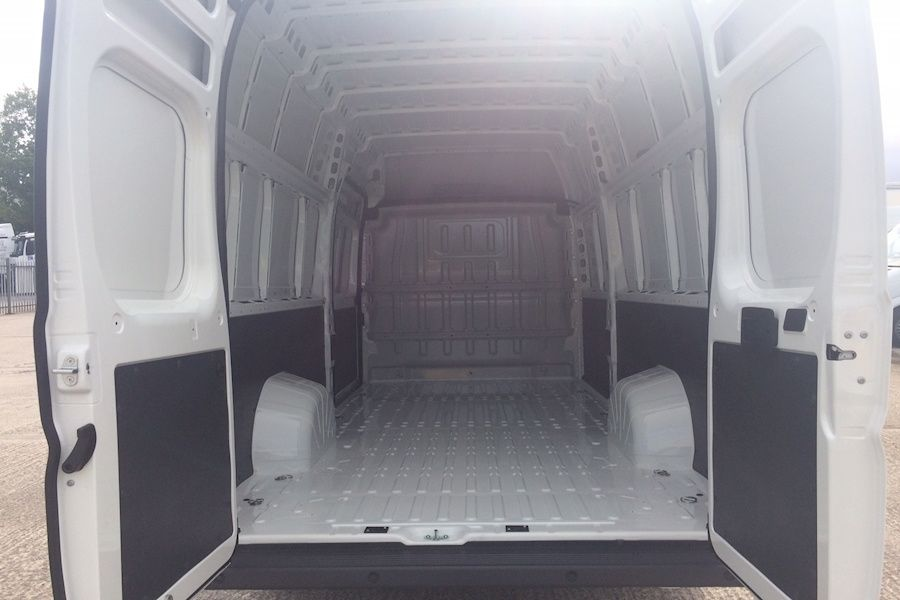 Alugamos carrinhas para Transportes e Mudanças/Van rental for movings Marvila - imagem 5