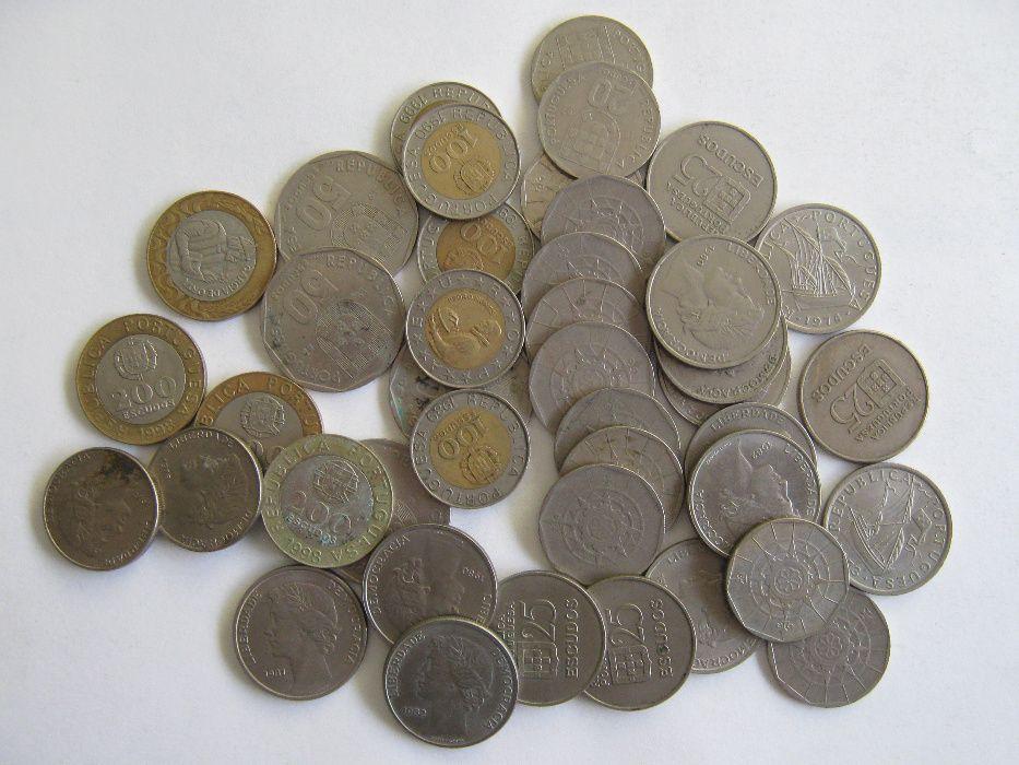 700 moedas Portuguesas de escudo antigas