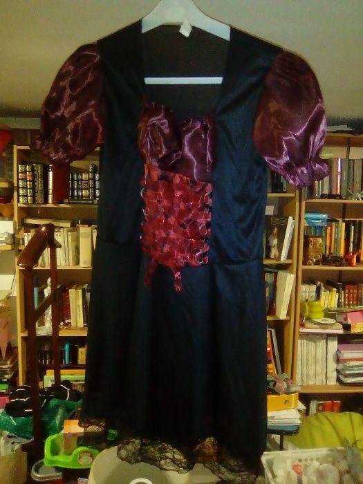 Fato de bruxa / vampira Portes de envio incluidos no preço