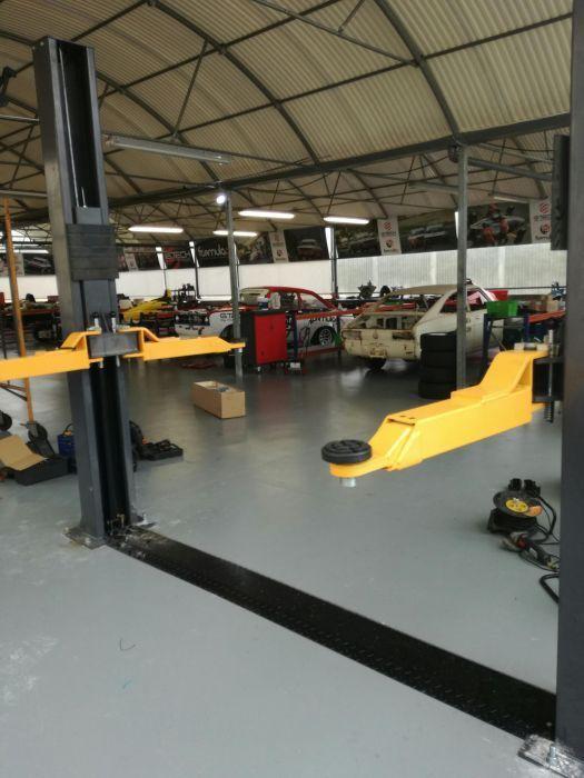 ELEVADOR OFICINA AUTOMOVEL 2 COL 4 TON. Montagem e transporte incluído