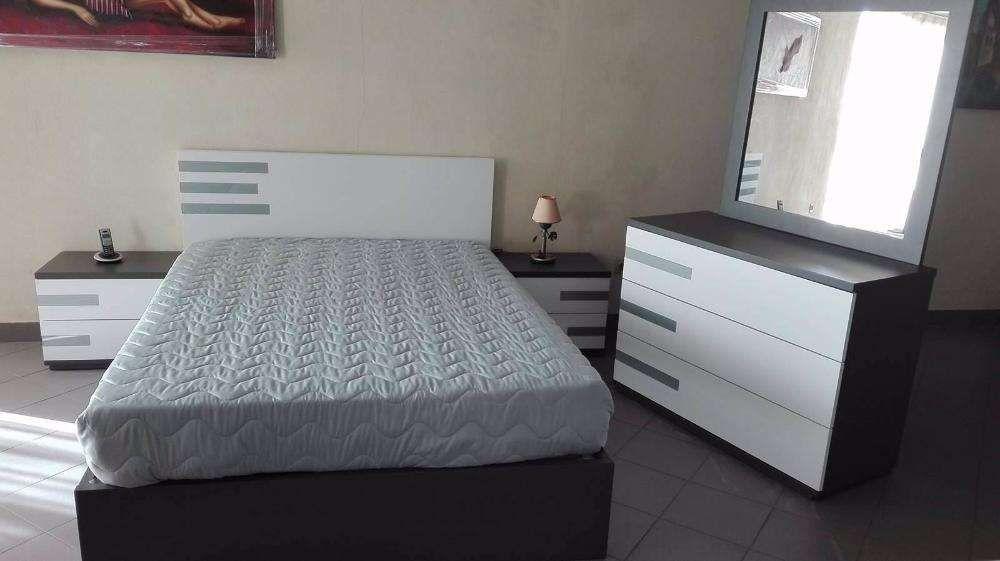 Mobília de Quarto Branco-Cinza c/ Colchão incluído (NOVO)