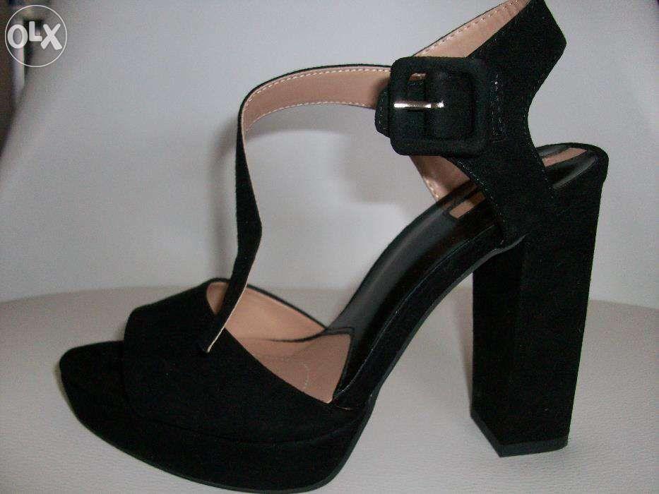 Sandálias de salto como Compra, venda e troca de anúncios