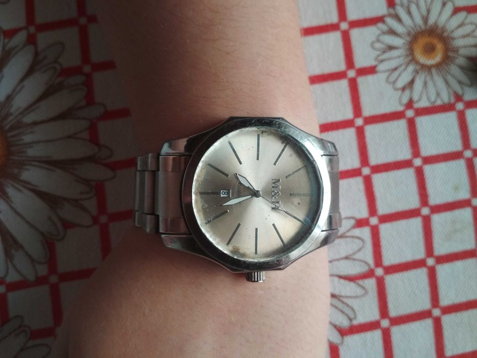 Часы донецк продам на сценарий час выкупа