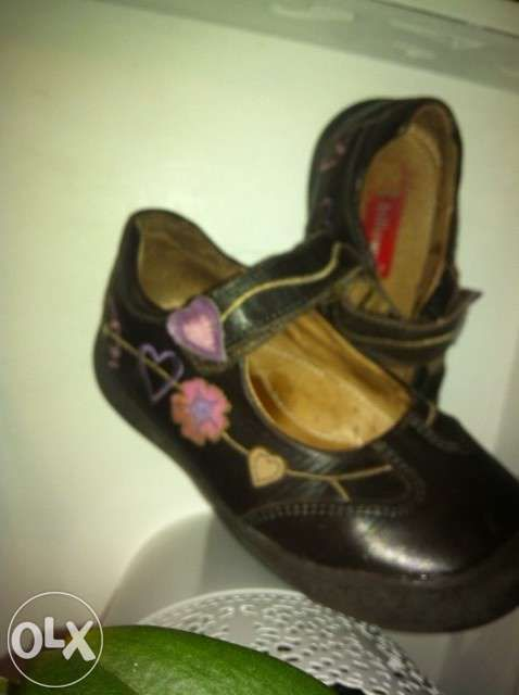 Sapatos nº26 Billowy com flores Matosinhos • OLX Portugal