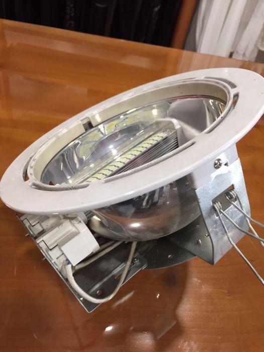 Candeeiro encastravel com lampada Led