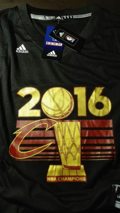 cheap for discount b5ef4 34e33 Camisola NBA Cleveland Cavs Lebron James Champions Cedofeita ...