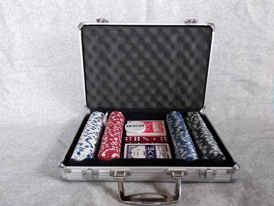 Огромный набор казино игровые автоматы однорукий бандит bar bar bar фото