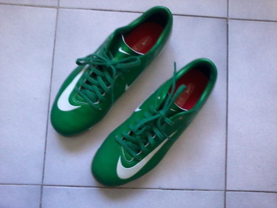 Tenis Futsal - Futsal e Futebol - OLX Portugal 43a9c80149517
