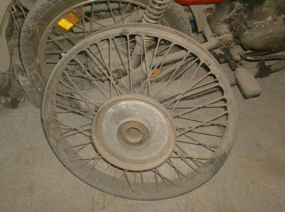 roda para mota antiga