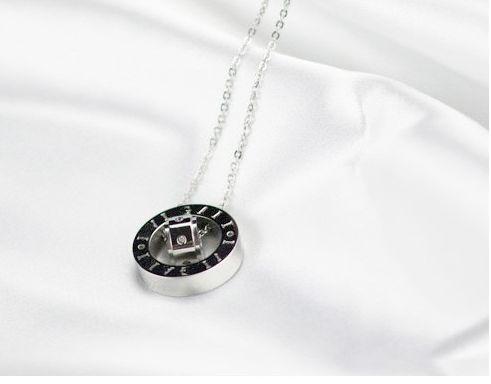 00287b1a2da colar Bulgari aço com banho ouro Lordelo Do Ouro E Massarelos - imagem 3