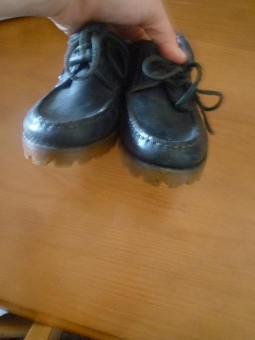 Sapatos em pele nº 34 Fabricado em Portugal Campolide - imagem 4