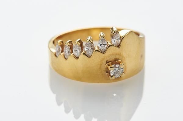 59f8e5cc545 Anel OURO 19K com Diamantes