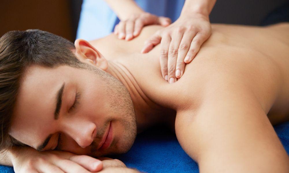 Massagista feminina