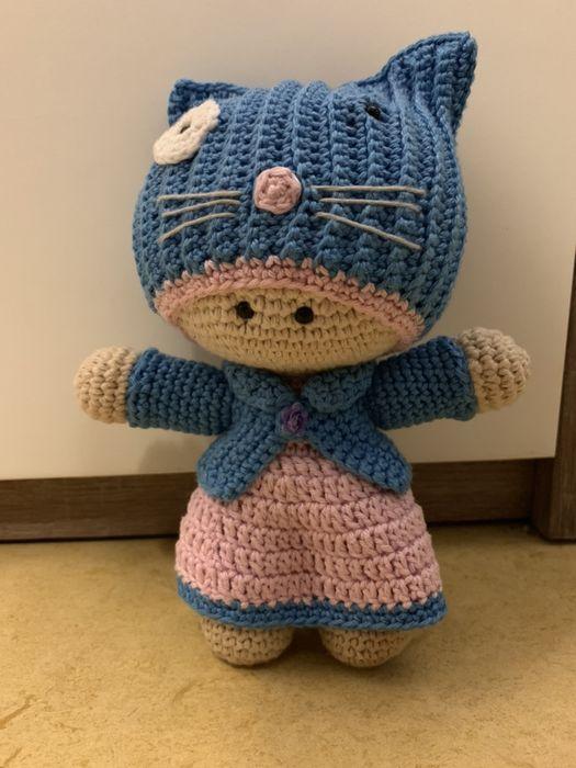 Pin de Silvia Santa Cruz-Valdivia en muñecos a crochet | Ropa de ... | 700x525