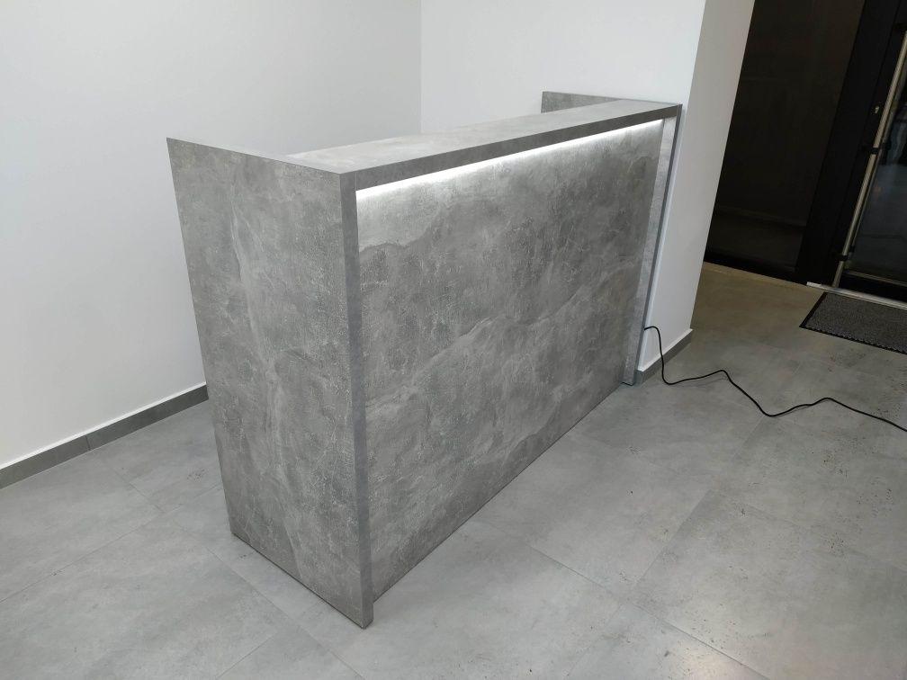ресепшн из бетона