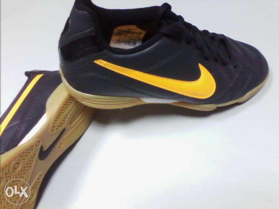 Profissionais Nike Tiempo RIO nº 39 - NOVAS e ORIGINAIS