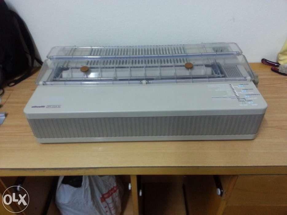 Impressora de Agulhas .Impressão Ate folhas A3 Olivetti DM 324 SL.