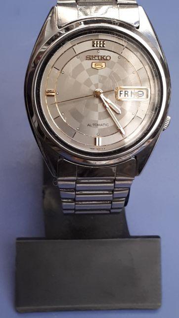Коллекционные часы продам hublot оригинал часы продать