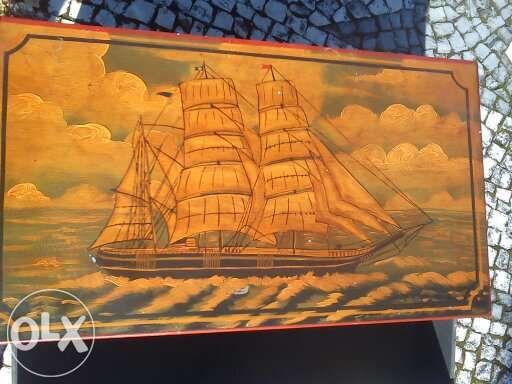 Móvel Naval antigo pintado mão em muito bom estado