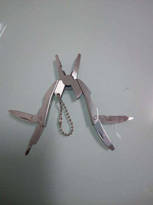 Alicate ferramenta multi funções dobrável, faca, chave de fendas