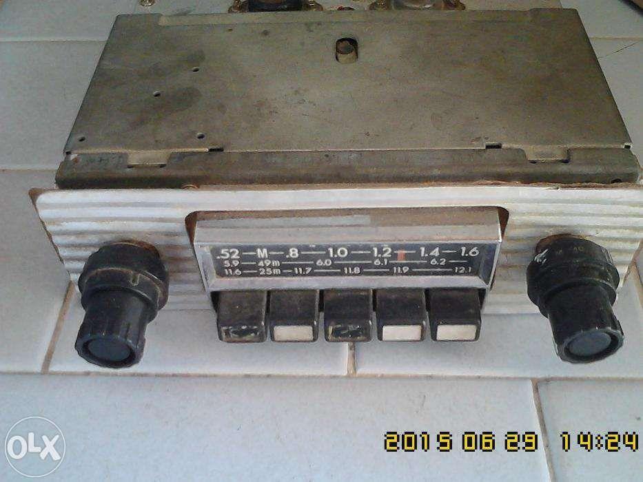 Rádio antigo para carros clássicos